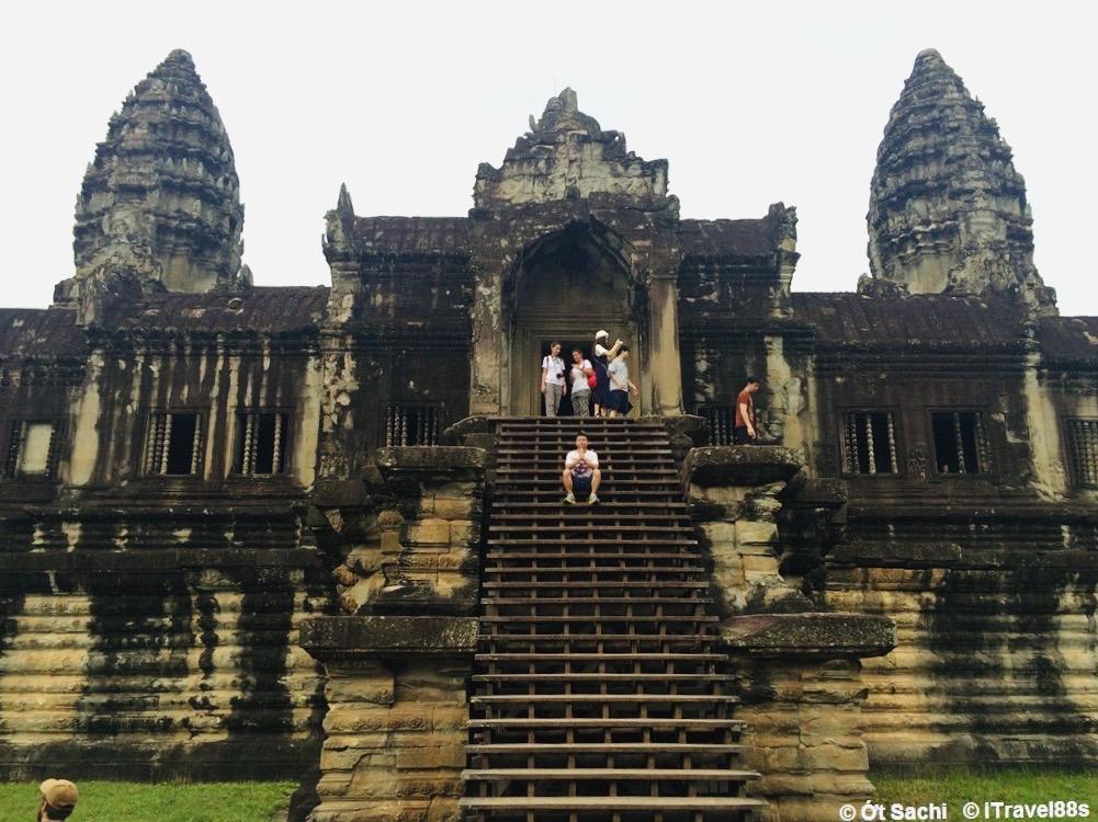 Du lịch tự túc Angkor wat, Campuchia