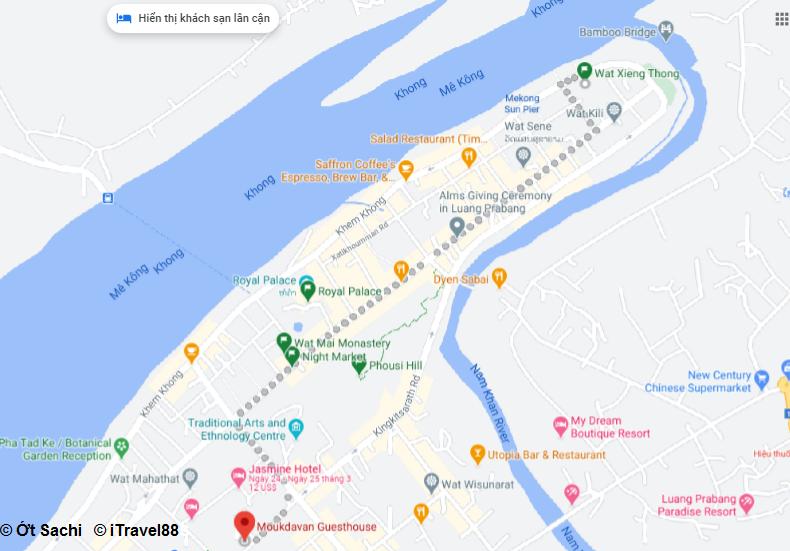 Wat Xieng Thong cách Homestay của mình 2km - Du lịch Luang Prabang chơi gì ở đâu