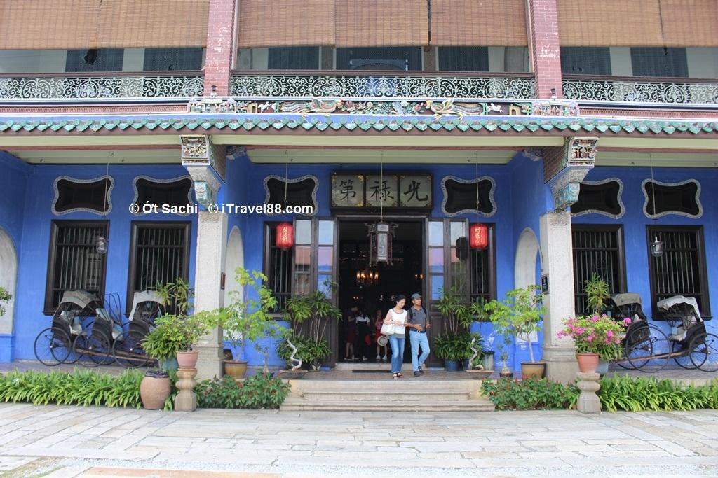 Cheong Fatt Tze Mansion là một ngôi nhà cổ nổi bật của người Hoa ở Penang