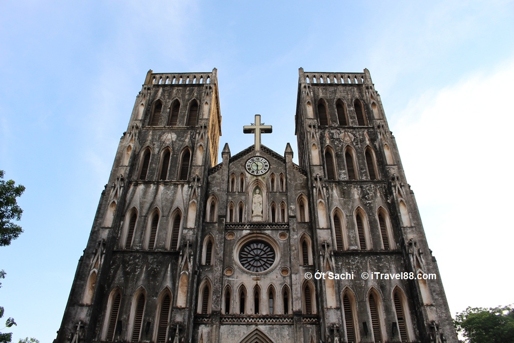 St. Joseph's Cathedral - Top 10 best places to visit in Ha Noi