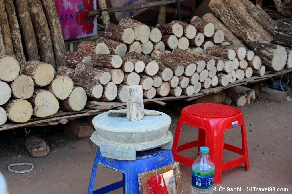 Thanaka, một trong những sự thật thú vị về Myanmar