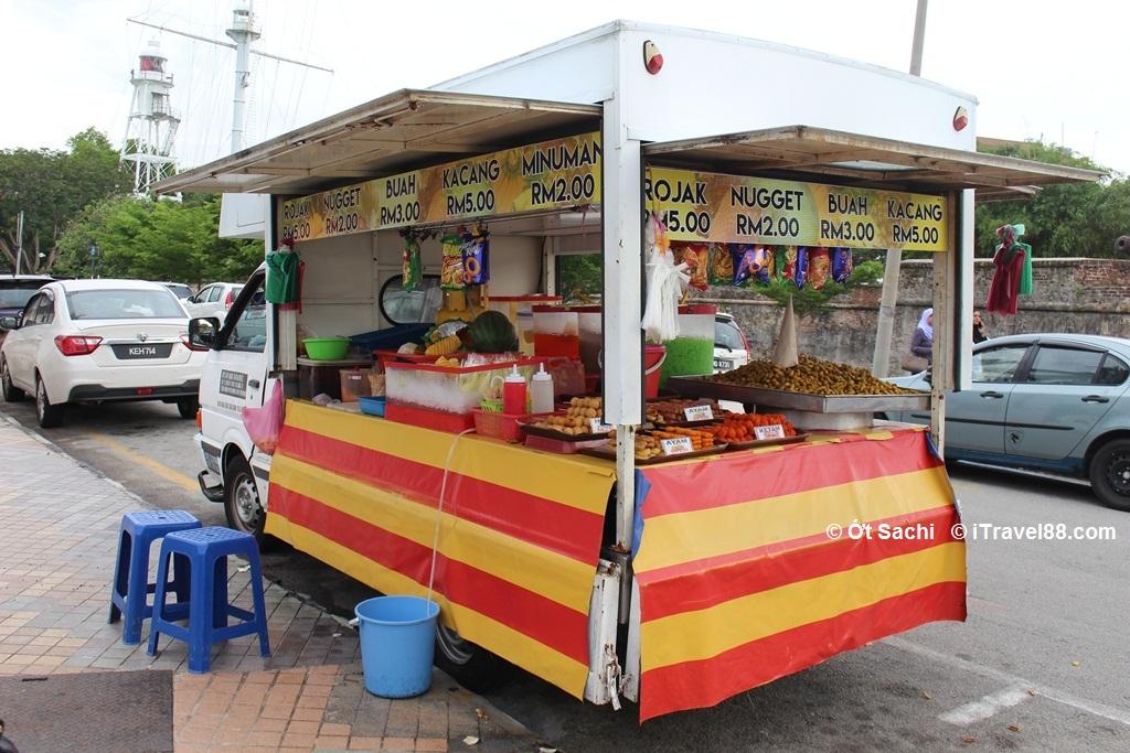 Ẩm thực đường phố phong phú ở Penang - kinh nghiệm du lịch penang tự túc