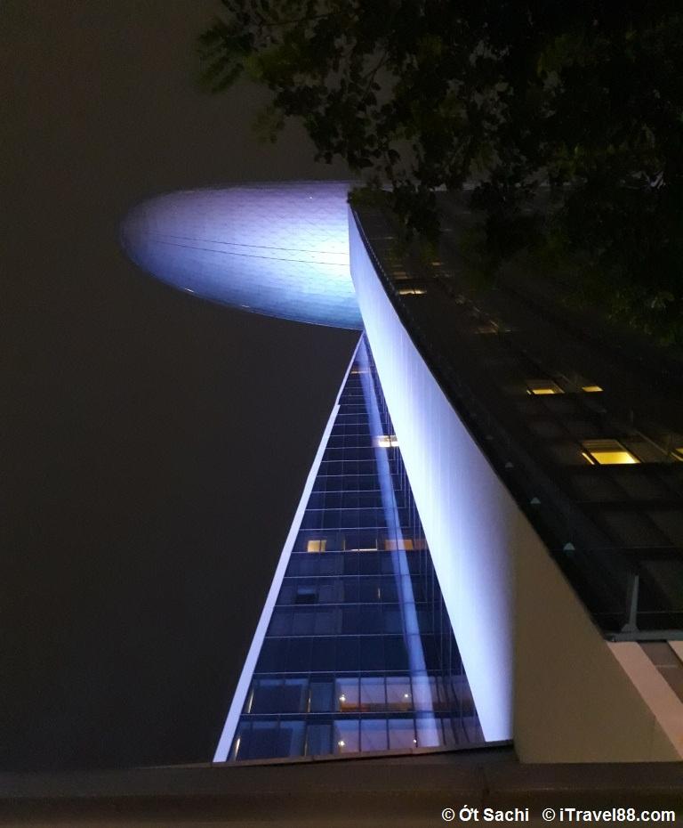 Hình ảnh đuôi tòa nhà Marina bay sands