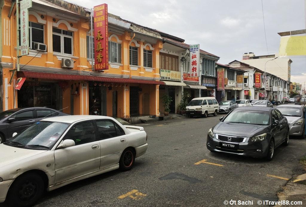 Geogre town có rất nhiều homestay,  Kinh nghiệm du lịch Penang tự túc